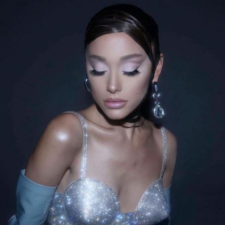 Ariana Grande - R.E.M Beauty