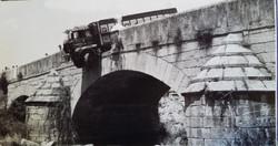 Accidente en el puente viejo, hacia 1970