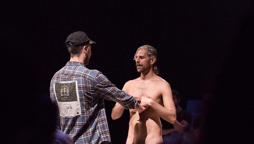 Un Acto Intimo Con Santi Senso Para Desnudar El Alma Kluid Magazine