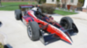 Dean Loucks and Taod paints an Indy car