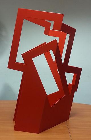Espace Meyer Zafra, Ania Borzobohaty, Structure rouge avec diagonale émergente, Art Miami Art Fair, USA