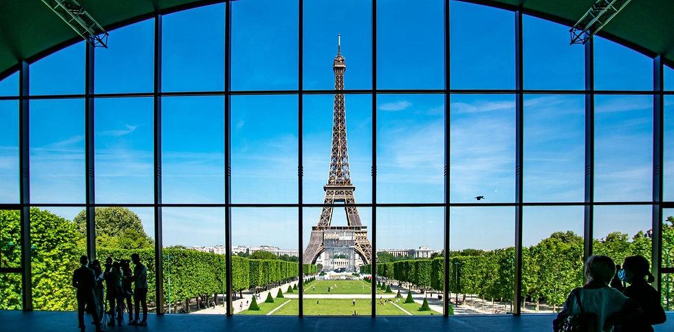 Copy of 653139-le-grand-palais-ephemere-le-nouvel-espace-provisoire-du-champ-de-mars-ouvre