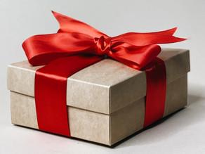 5 небанальных идей для подарков, которым будут рады все