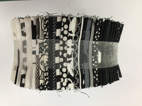 "Black & White Jelly / Designer Roll - 40 x 2.5"" WOF Strips"