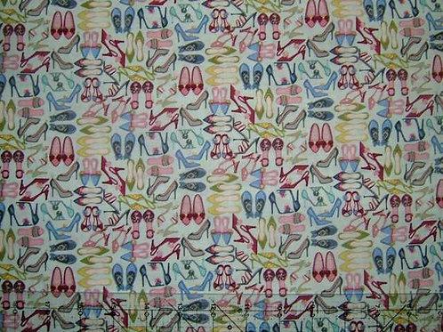 Makower Boutique Small Shoes Handbags Purses Novelty Quilt Fabric