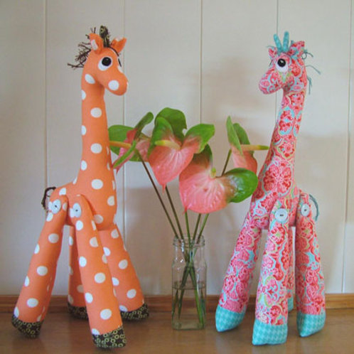 "Melly and Me ""Mrs Perkins"" Giraffe Soft Toy Pattern MM034"