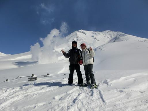 快晴無風紺碧の空 旭岳中腹雪上散歩