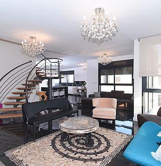 Penthouse C19 4.jpg