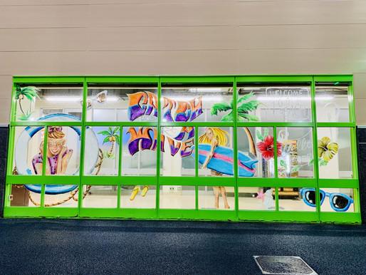 魔法のチョークkitpasで描く「ガラスチョークアート」(アツギトレリス②/神奈川県厚木市)