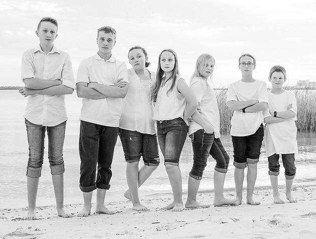 cousins on the beach (17 of 17).jpg