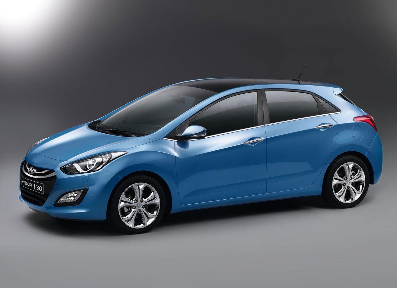 Hyundai-i30_2013_photo_04.jpg