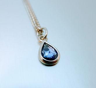 Blue Sapphire , white gold pendant
