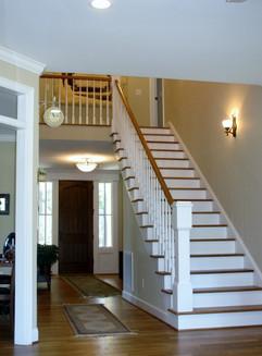 Grothe+170+CR+stairs_entry.jpg