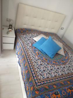 Bett - Nachttisch