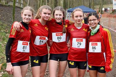 Unsere U16-Mädchenmannschaft bei den Landesmeisterschaen im Crossluf. Foto: Heuemann