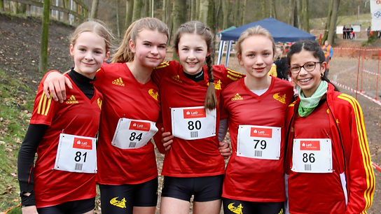 Unser Mädchenteam bei den Landesmeisterschaften im Crosslauf