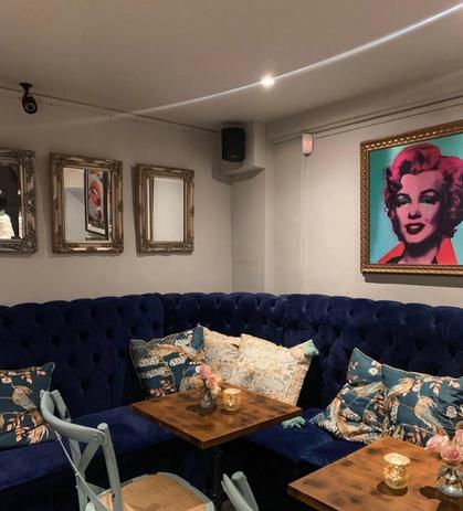 Galeria Del Vino Mayfair London Lenticula Crying Marilyn