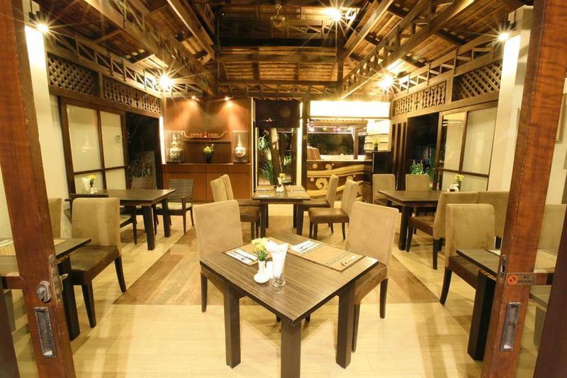 restaurant f.jpg