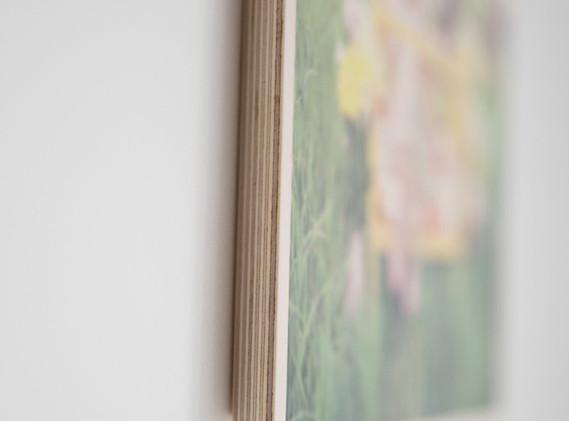 timber print side detail