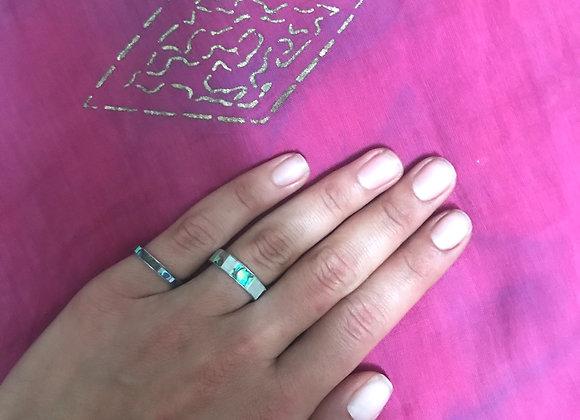 Undina Natural Shell ring