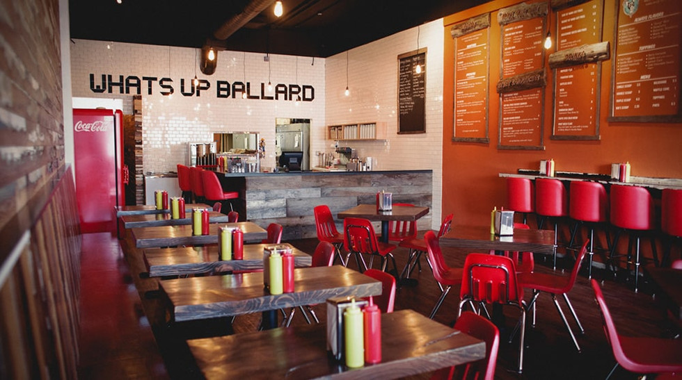 Woodys_Ballard_ballard-interior-min.jpg