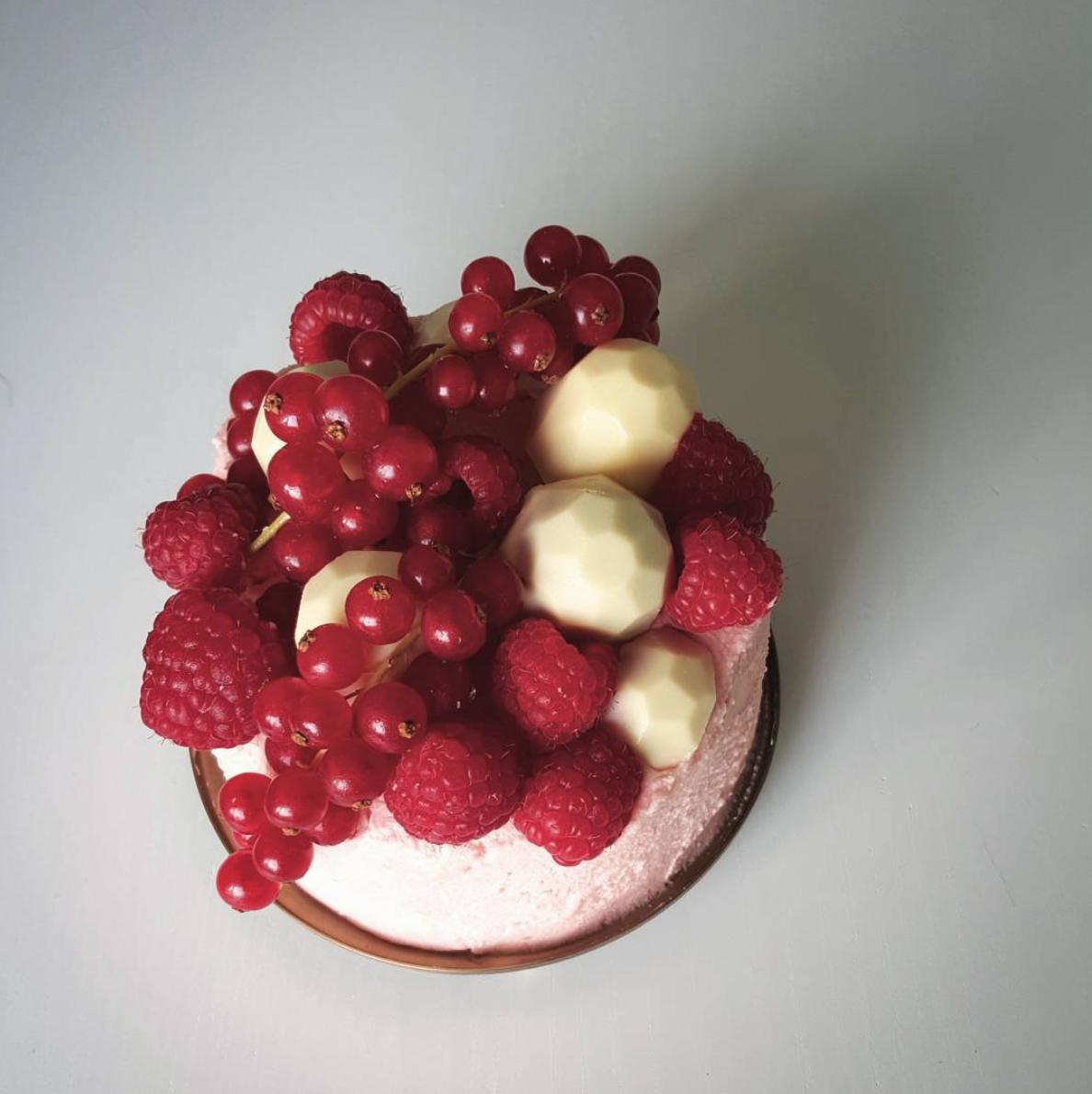 Kir Royal Cake