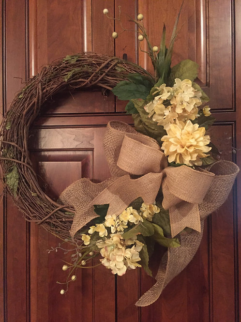 "18"" Spring/Summer Wreath with hydrangeas and burlap"