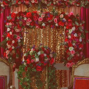 Luxurious Mehdni Stage