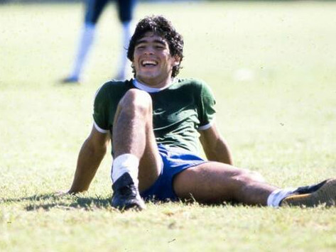 ADDIO A DIEGO ARMANDO MARADONA… e a Paolo Rossi