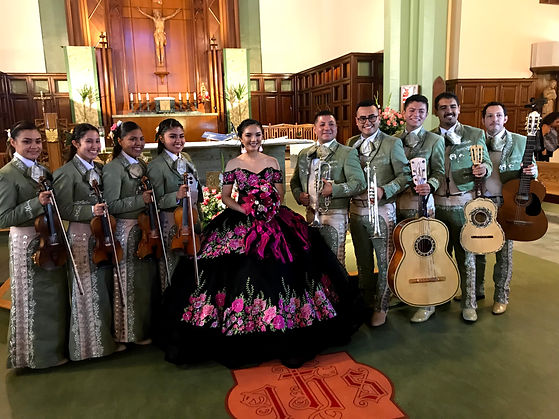 Mariachi in Green Suits with quinceanera
