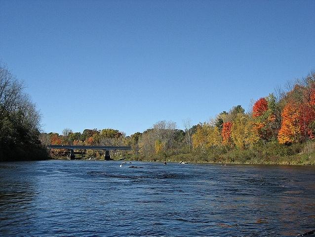 muskegon-river.jpg