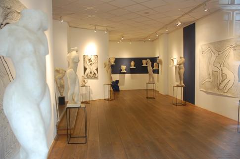 Stills, Gallerie De Roos Van Tudor