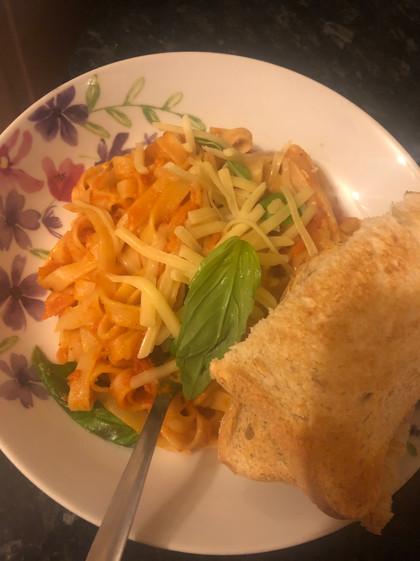 Spicy tagliatelle veggie pasta