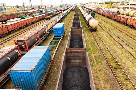 tanks-with-fuel-wagons-with-cargo-freigh