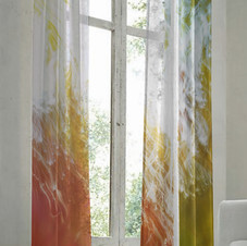 Long curtain More