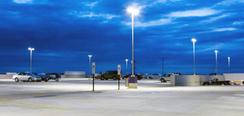 outdoor-parking-lot-lights2.jpg