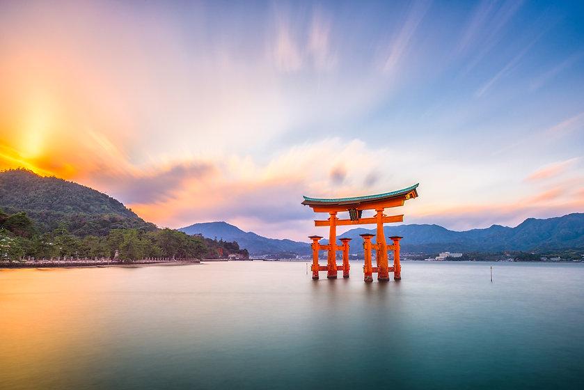 miyajima-hiroshima-japan-PLF27X8.jpg