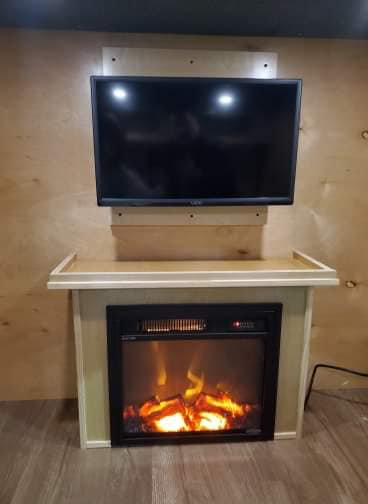 "18"" Electric Fireplace Insert w/Mantel"