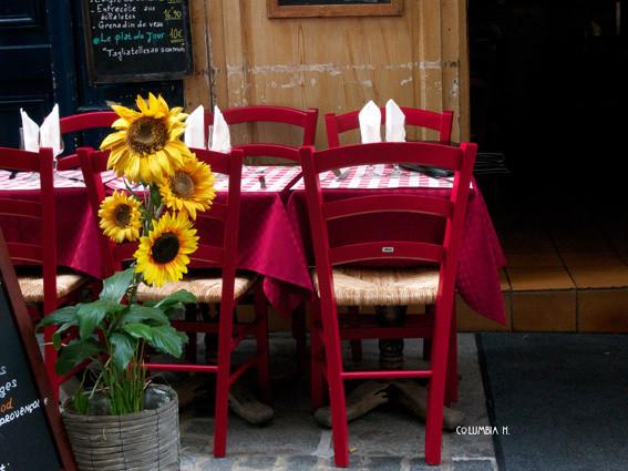 outside table paris restaurant, columbia hillen photography