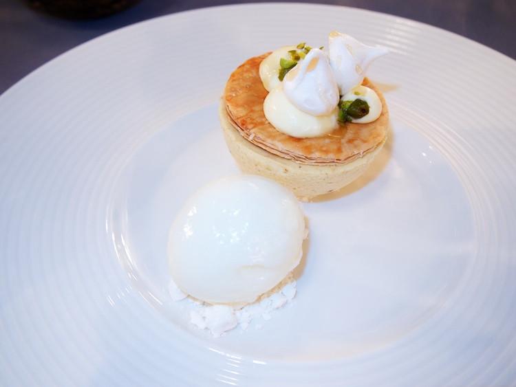 desert at malt room restaurant belfast, food photography