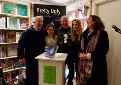 Guests and author Sean Hillen