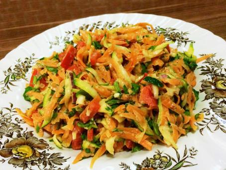 Food moods - Rainbow salad for rainy days