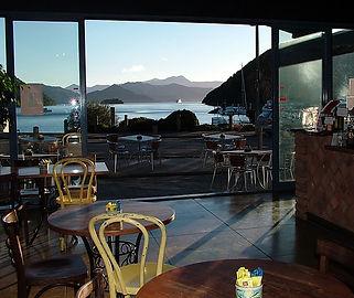 Le Café Picton