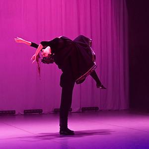 Valtera Medinieka foto (deja, teātris, performance Šķūnī)