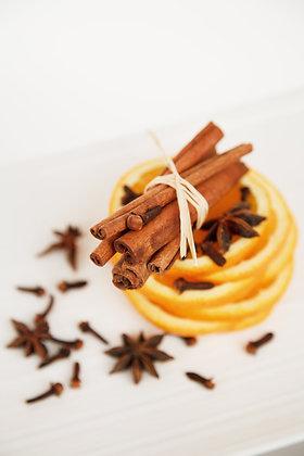 Orange, Cranberry & Cinnamon Soy Wax Candle
