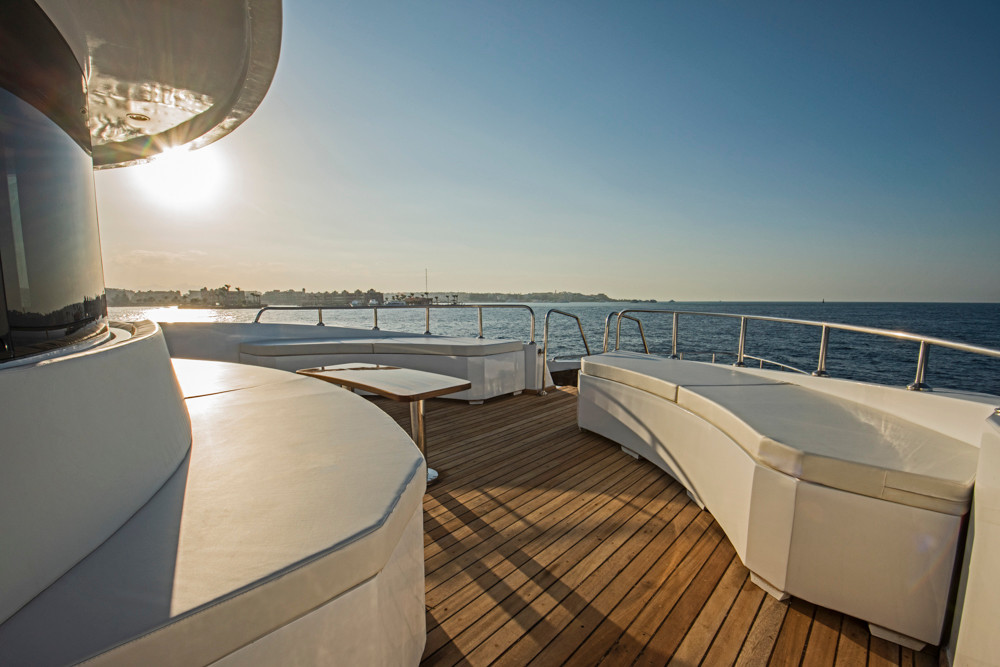 upper deck bow area.jpg