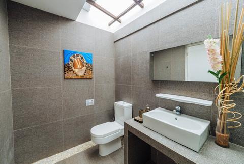 Sea View Superior Room Bathroom.jpg