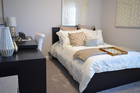 bedroom-1078890.jpg