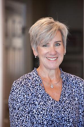 Carolyn Lambert.jpg
