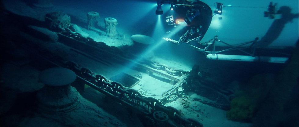 Lukowski_Titanic_ForecastleDeck3_Wreck.j
